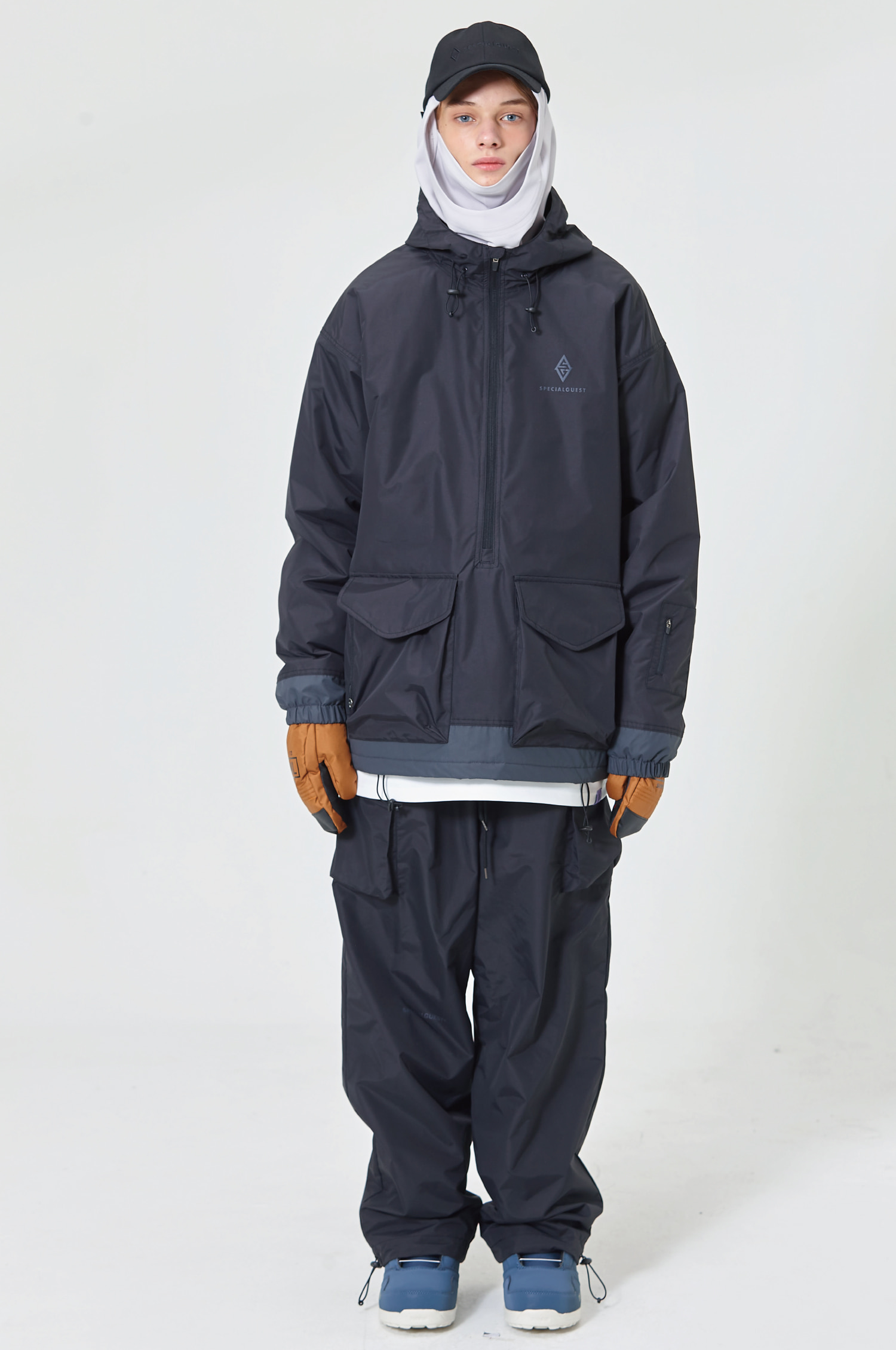 SET 21 - ANORAK / PANTS